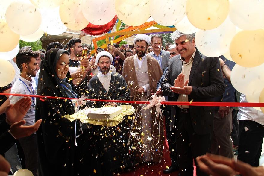 افتتاحيه هشتمين جشنواره درون دانشگاهي حرکت برگزار گرديد