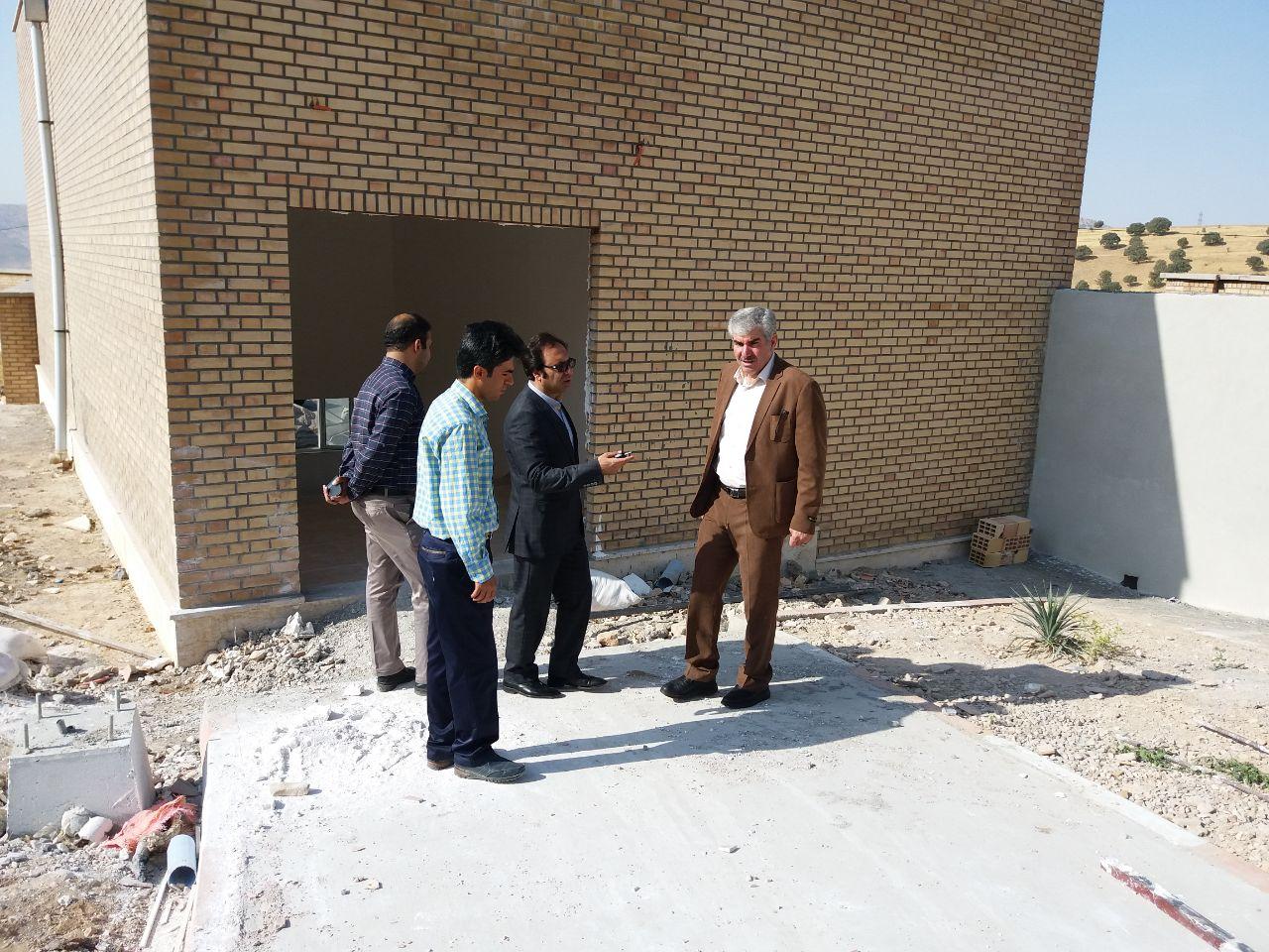 دومين بازديد رئيس دانشگاه از روند بهسازي و نوسازي سراهاي دانشجويي
